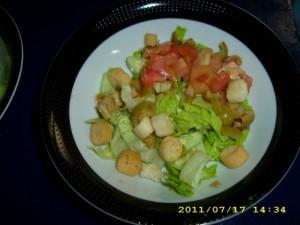 gazpacho-con-ensalada-1-1600x1200